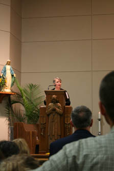 Debbie sharing her witness.2.jpg